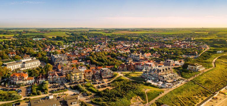 drone foto van Domburg
