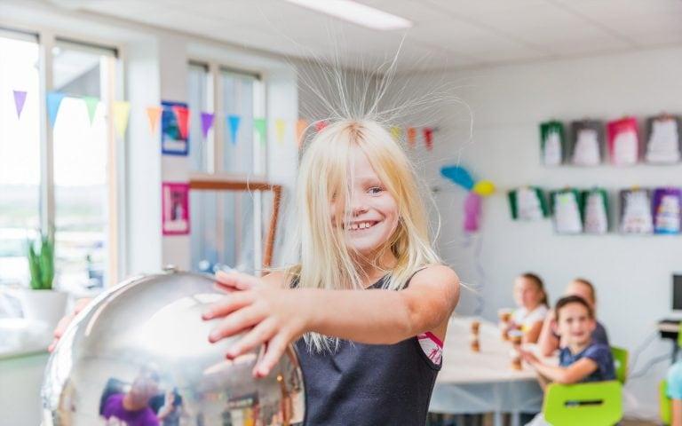 evenement fotografie van een vrolijk kind