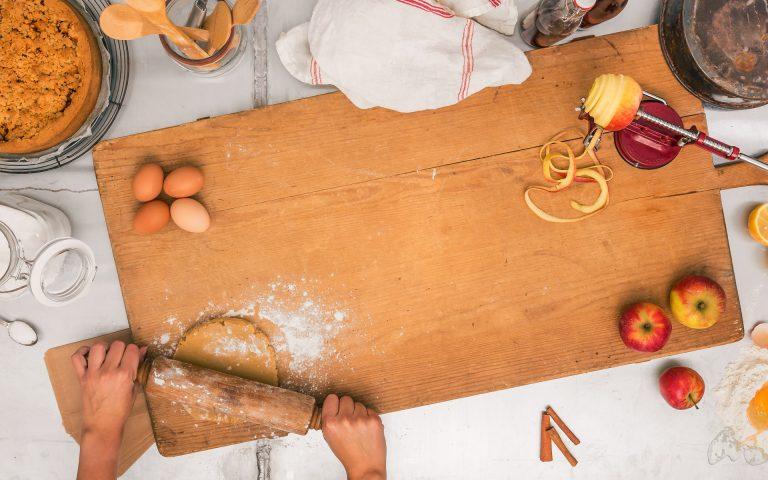 voedsel fotografie van het rollen van deeg
