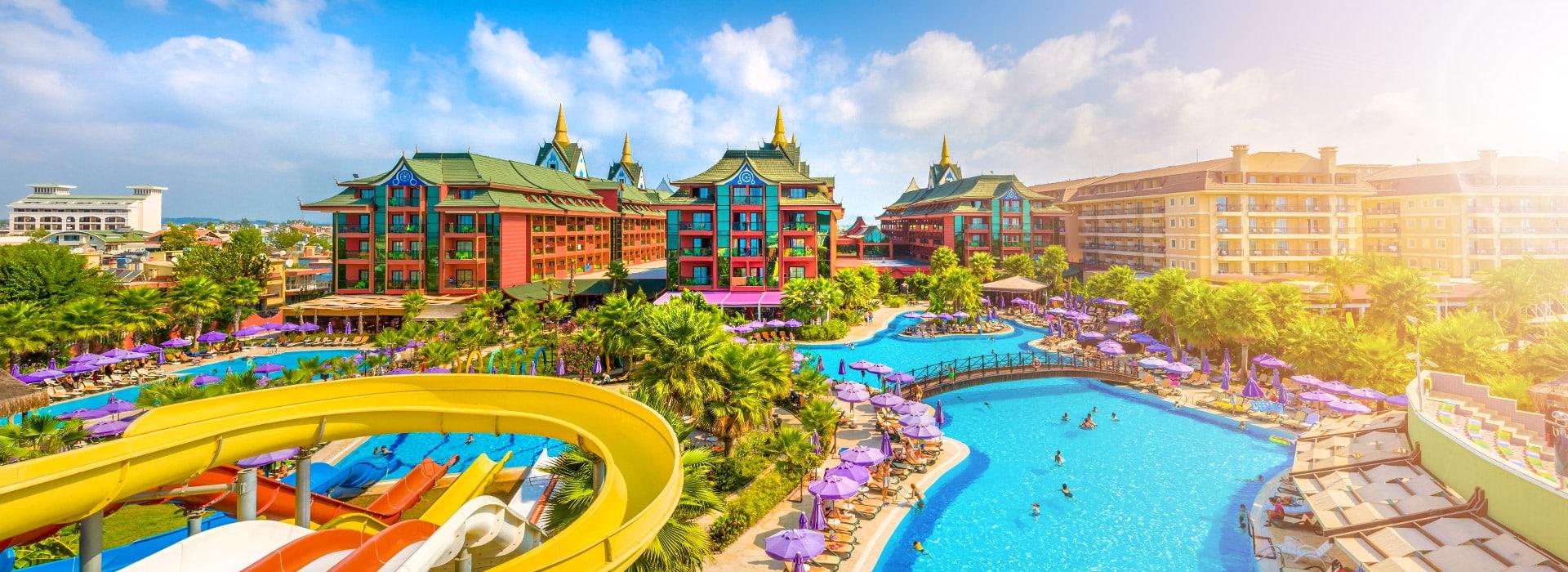 overzichtsfoto van een hotel-resort