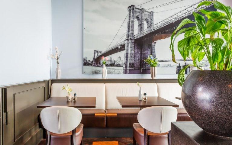 Interieurfoto van een restaurant
